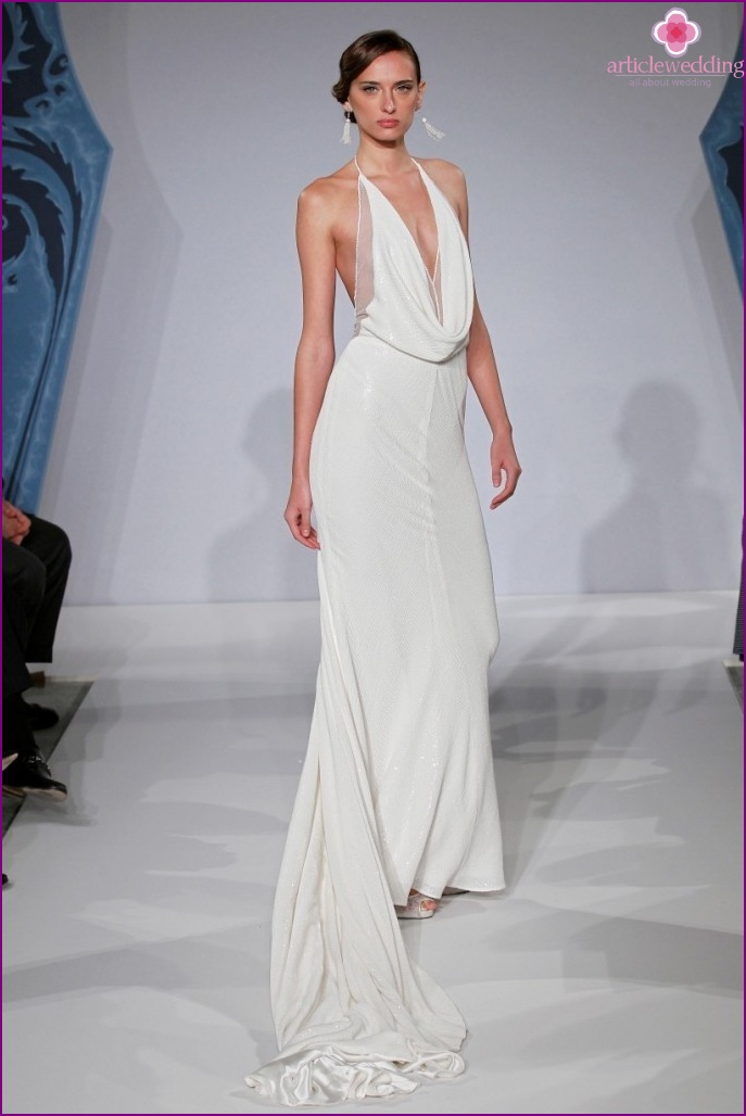 The dress with elongated bodice