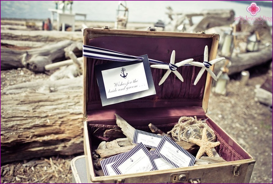 Invitation for a wedding on the beach