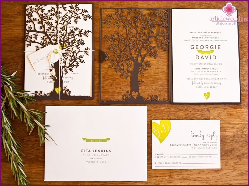 Wedding invitation with natural motifs