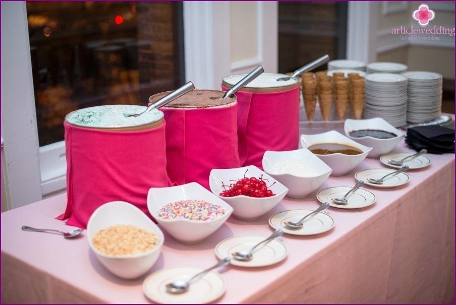 Ice cream on a wedding
