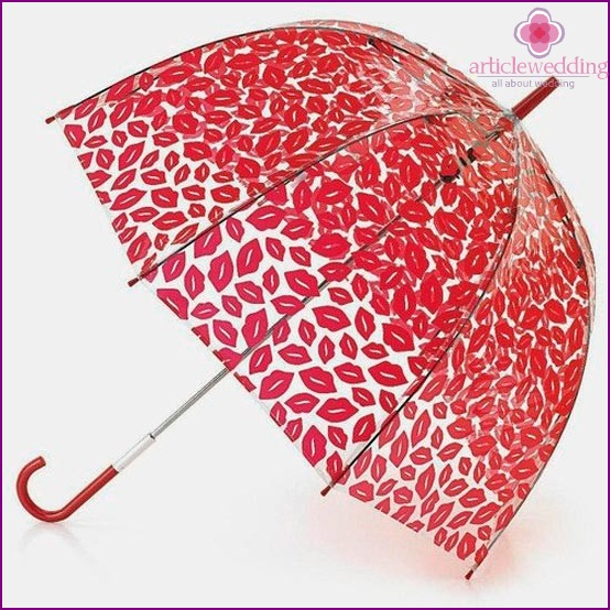 Umbrella with prints for wedding