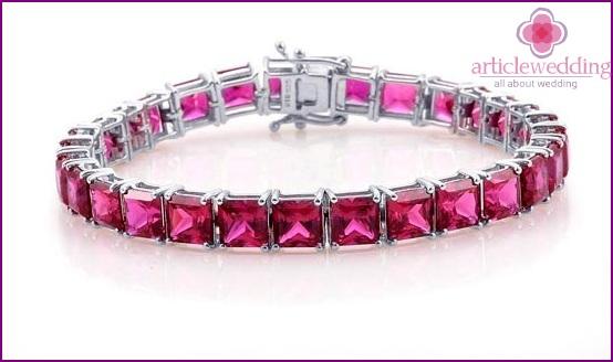 Bracelet with rubies