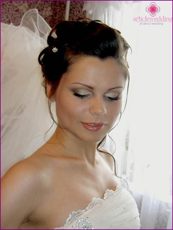 Makeup and hair bride