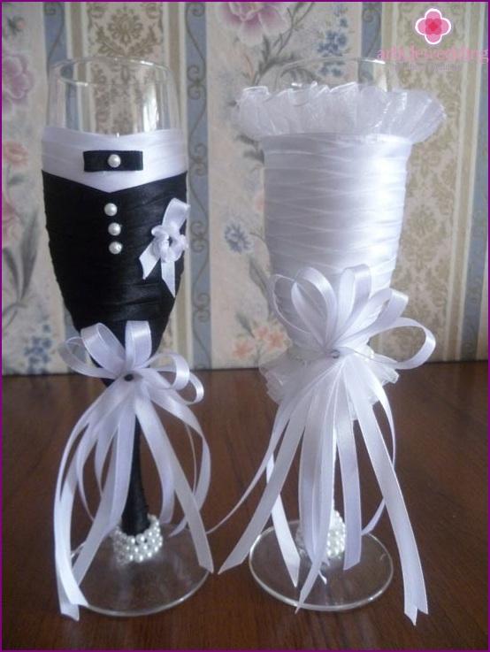 Wedding glasses bride and groom