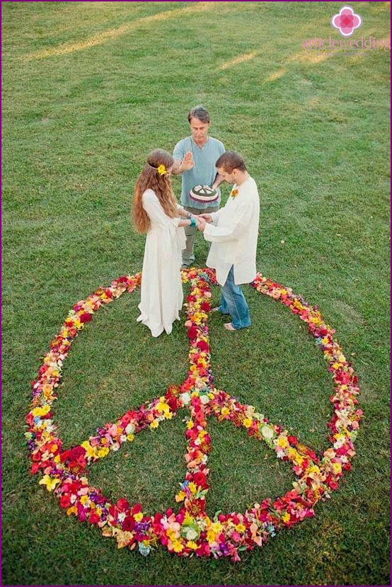 Wedding image of the newlyweds in hippie style
