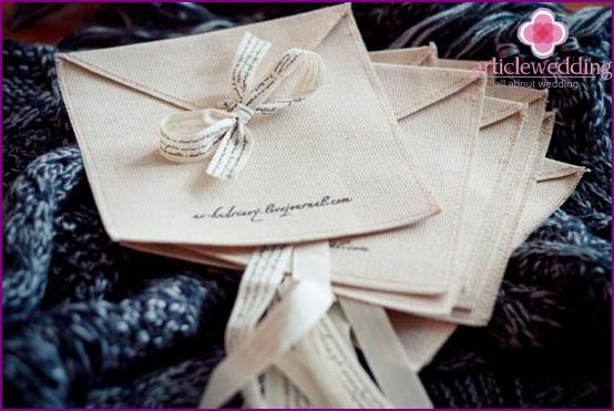 Textile envelope