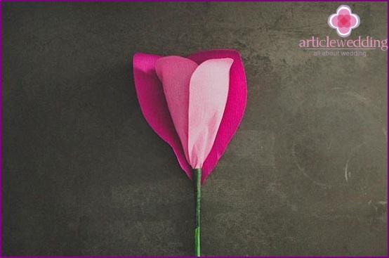 Attach all the petals