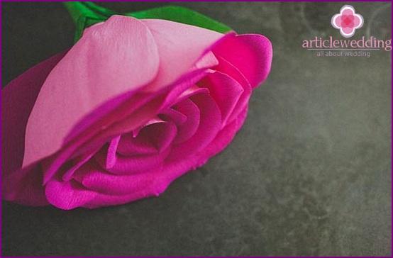 Fan petals