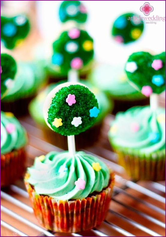 Topiary-cupcakes