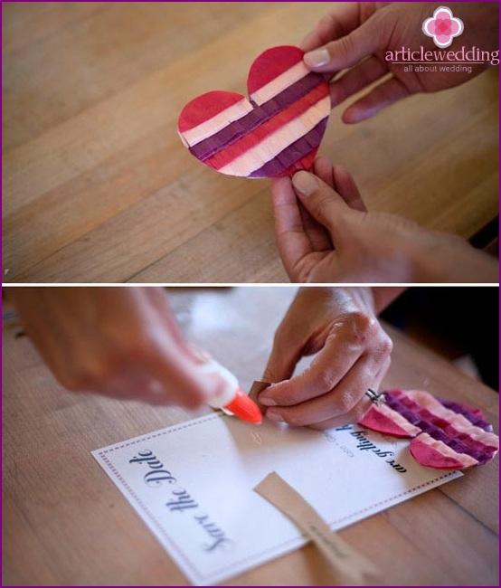 Glue the strips to the wedding date