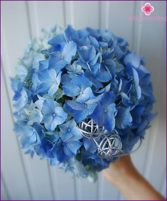 Trendy bouquet of hydrangeas
