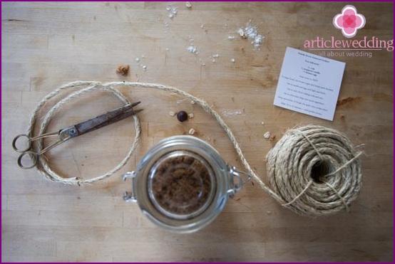 Attach the recipe on the jar leaf
