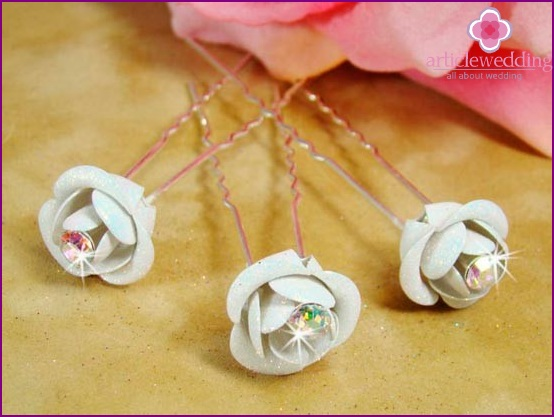 Pins-roses