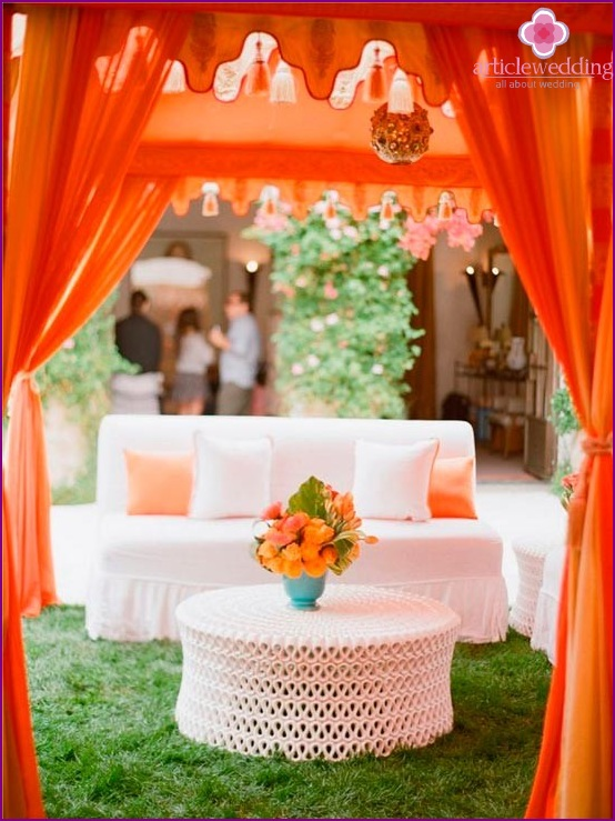 Orange Lounge for wedding