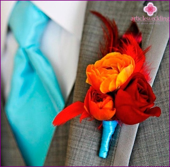 Unusual boutonniere