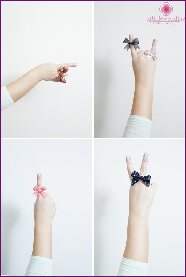 Rings with bows