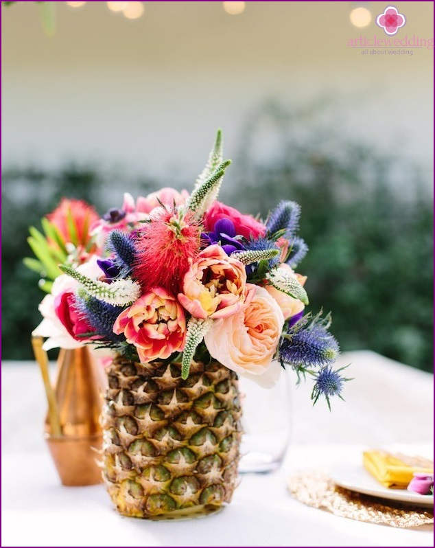 Fruits in wedding decor