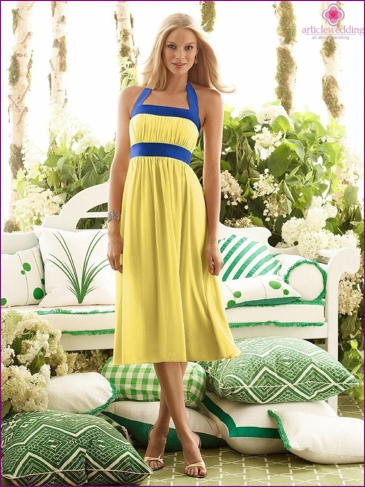 The elongated yellow dress