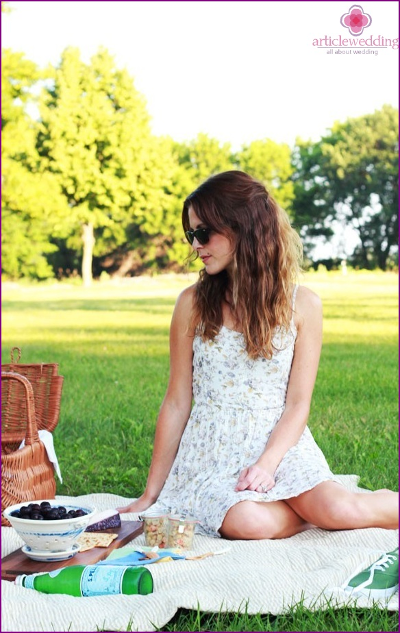 Dress for a picnic