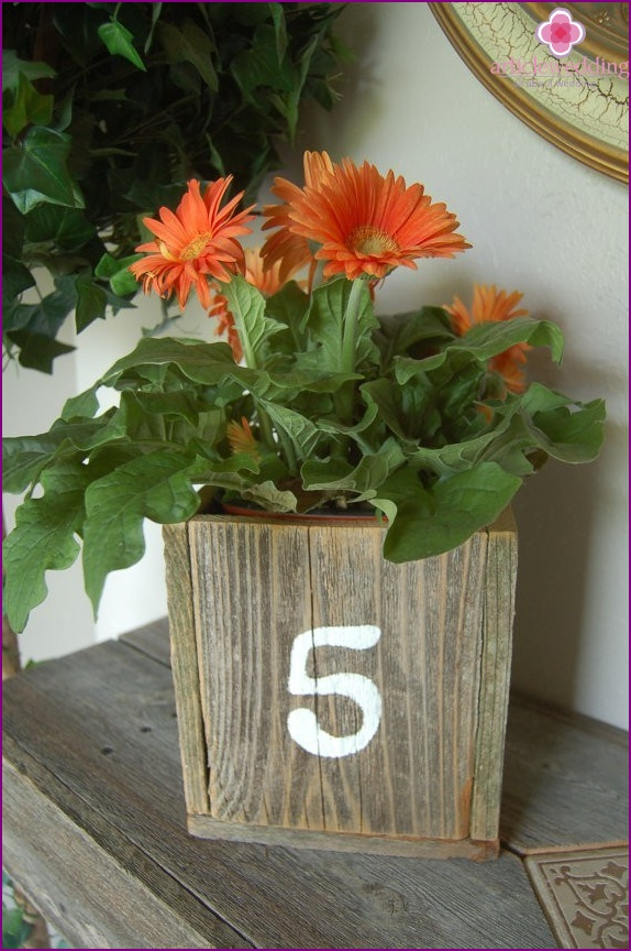 Number table in rustic style