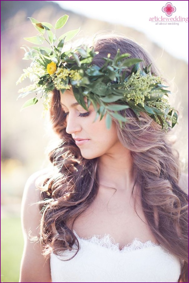 Wreath in a wedding hairstyle
