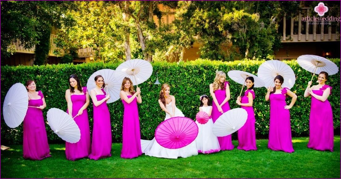 Same dresses for bridesmaids