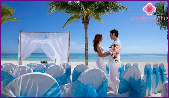 Wedding painting in the Dominican Republic