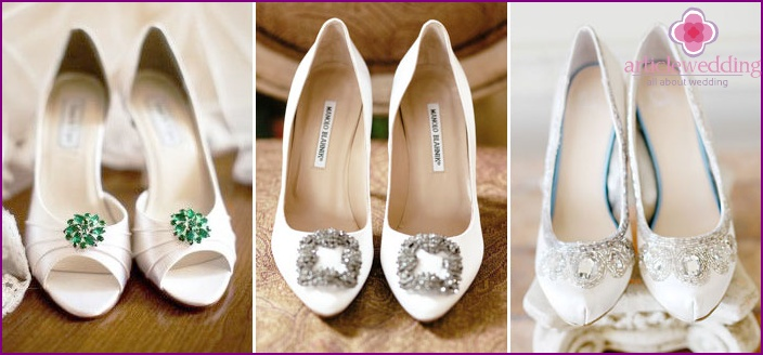 Bright shoes for wedding