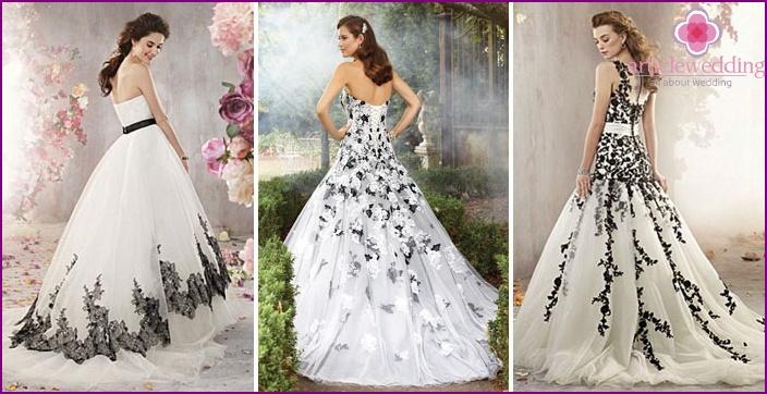Белое свадебное платье с черной вышивкой 32