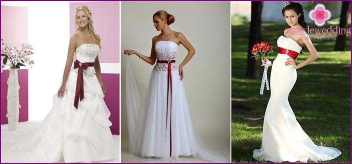 vestido de novia con una cinta roja en la cinta - modelos de moda, foto