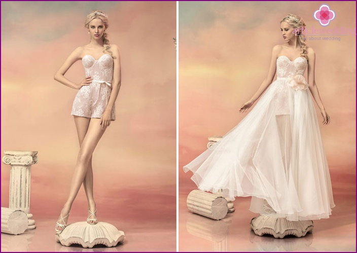 Photos for wedding dresses with a skirt-train