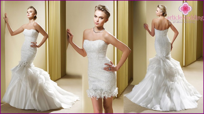 Photo of wedding dresses with convertible 2-length versions