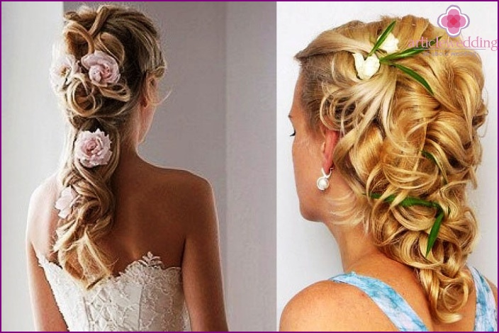 Hairstyle for long-haired bride with natural flowers