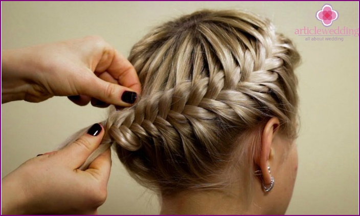 An interesting view of a wedding hairstyle-webs