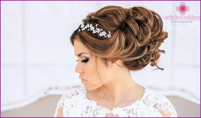 Fairy diadem on her hair