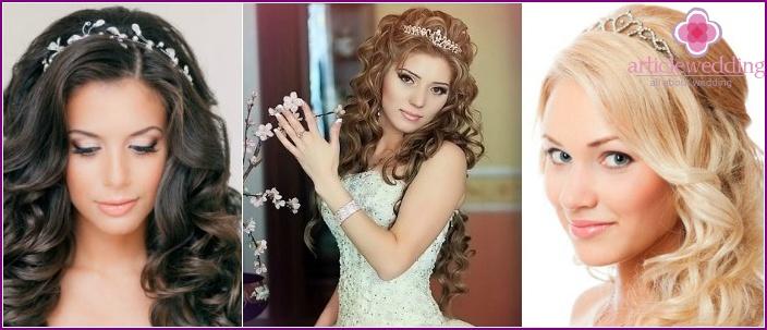 The elegant curls