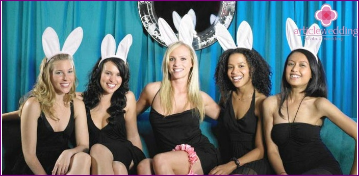 Photo: Thematic pre-wedding hen party