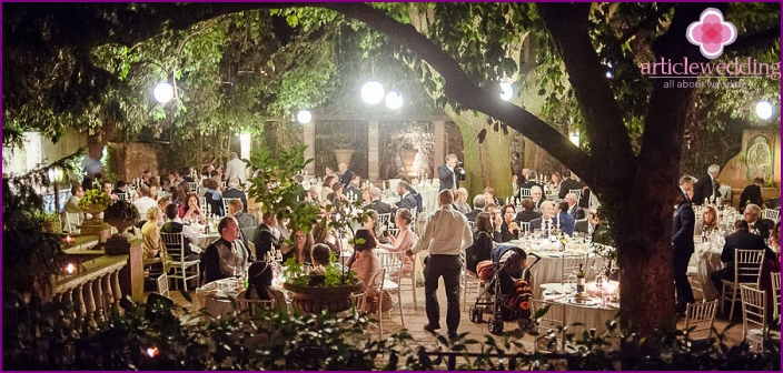 Italian tradition - wedding reception
