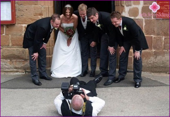 Wedding photographer must be a nice person