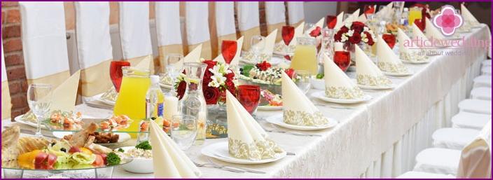 Wedding in restaurant