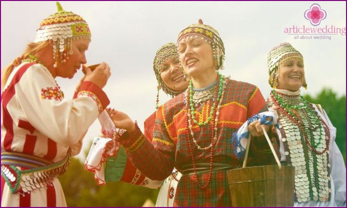 Chuvash bride rite of water circulation