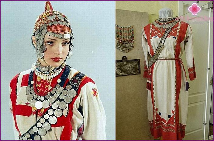Attire Chuvash bride