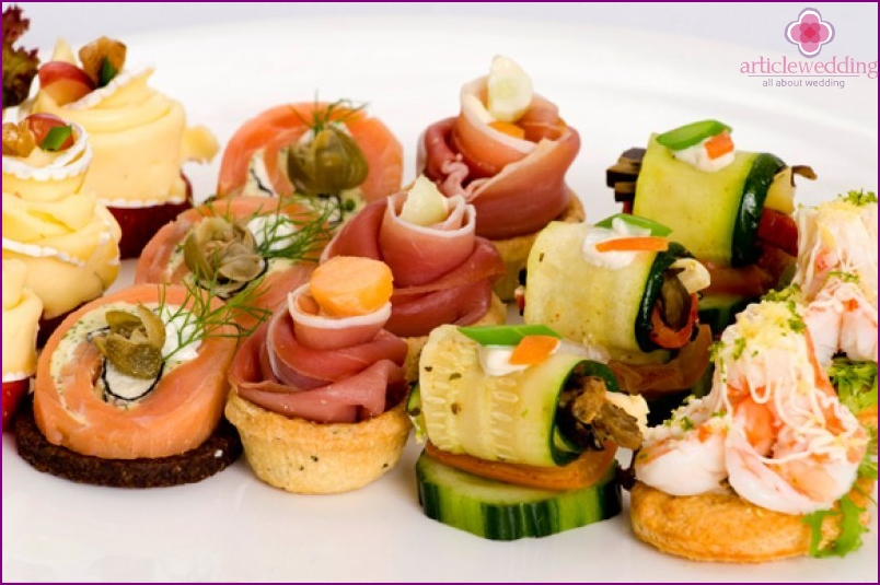 Canapés for wedding table