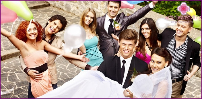 Cheerful friends - the key to a successful wedding
