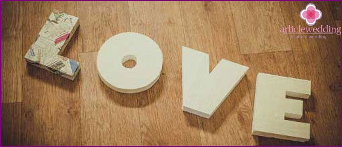 The foam volume letters for wedding