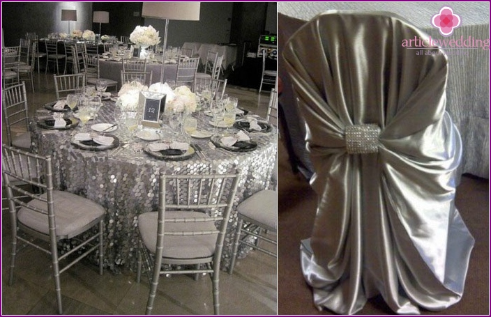 Metallic decor to the eight-year anniversary of the wedding