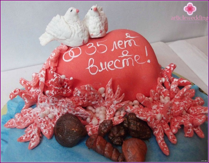 Cake for culprits celebration coral