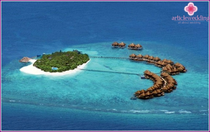 Maldives Male Atoll for a wedding trip