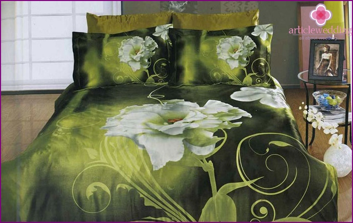 Bedding in shades of jade
