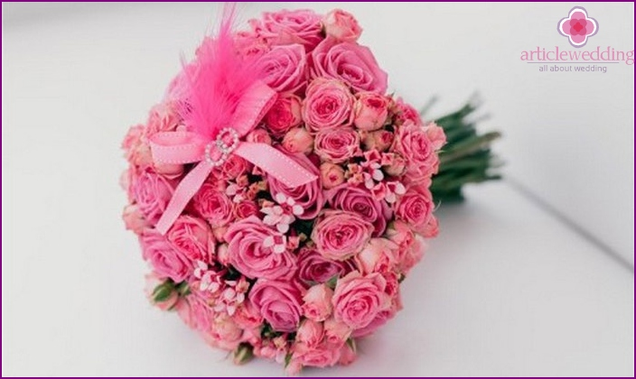 Present on pink wedding